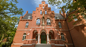 Mariaż architektury trzech stuleci w centrum Wrocławia