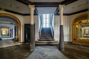 Budynek Dyrekcji Stoczni Gdańskiej odzyskuje dawny blask