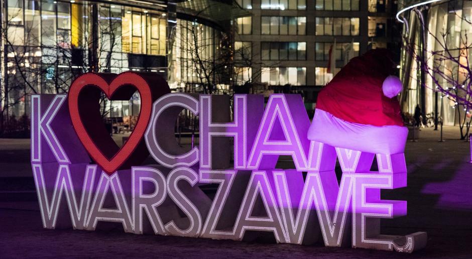 Zabawa na lodzie, konkursy i szansa na kolację w chmurach, czyli Walentynki na placu Europejskim