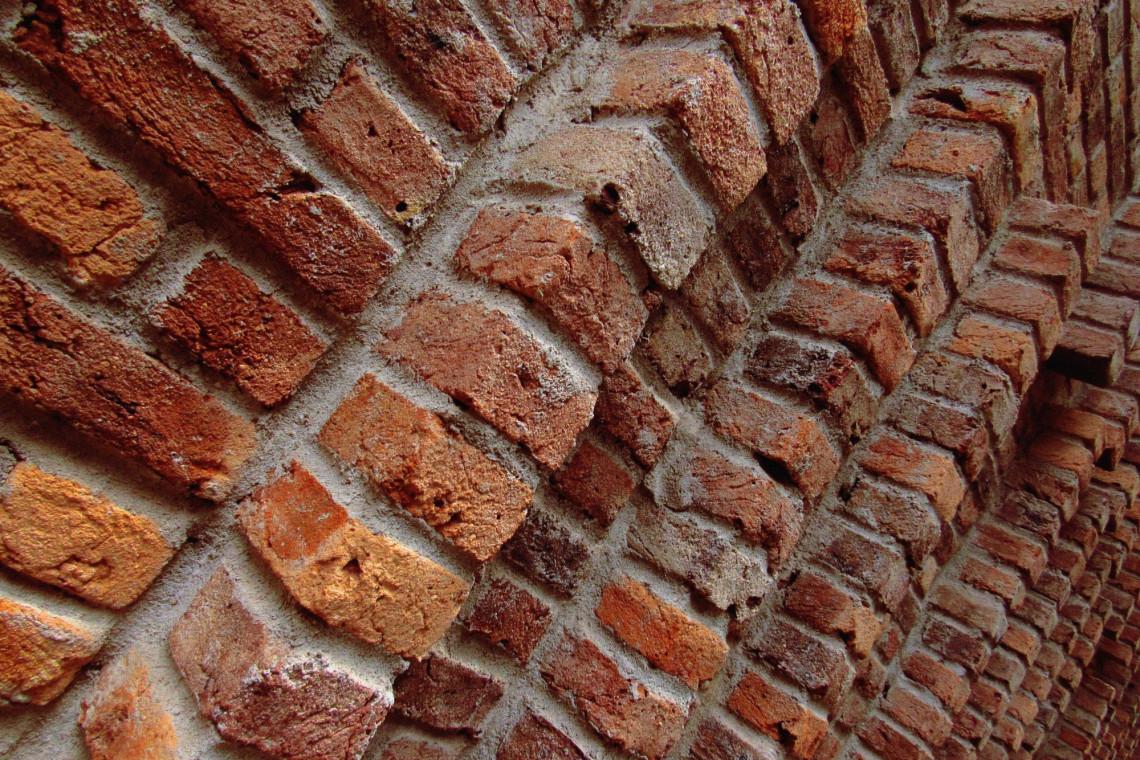 Przetrwały same mury. O ochronie dziedzictwa kulturowego na Wschodzie