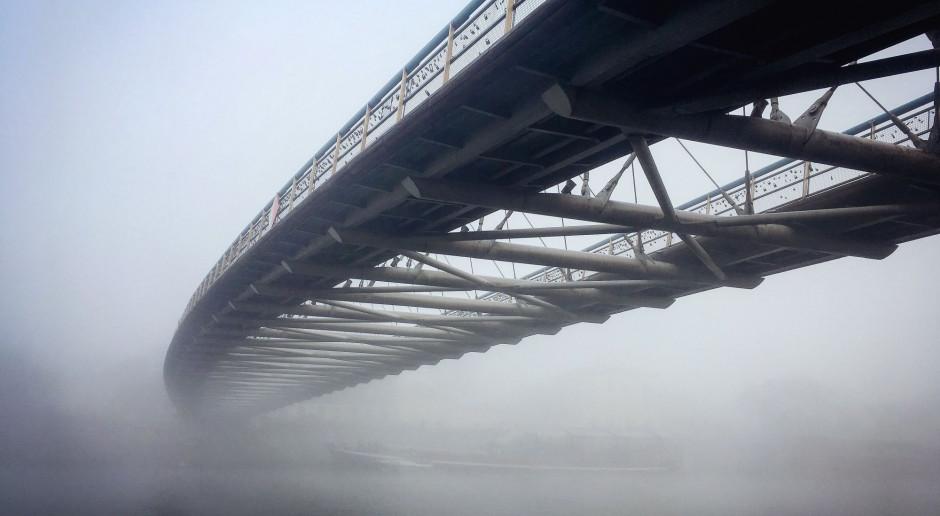 Nowy most kolejowy w Krakowie coraz bliżej otwarcia