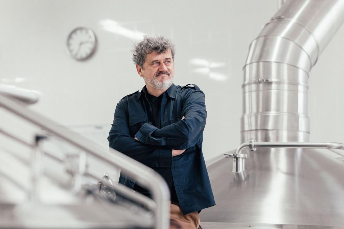 Janusz Palikot znów zaskoczył. Pierwszy lokal piwny ruszy jeszcze w tym roku, za projektem stoją Mamastudio
