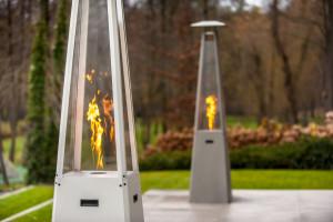 Ogień zbuduje klimat na zewnątrz