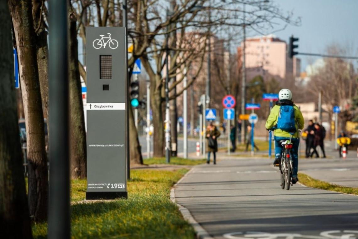 Urządzenia w przestrzeni miejskiej podpowiadają rowerzystom jak jechać
