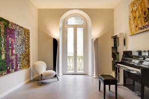 Subtelność jedwabiu z surowością loftu. Efektowna kolekcja tynków dekoracyjnych