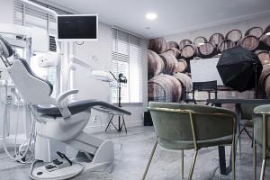 Przychodnia, która łączy w sobie historię Łodzi, stomatologię i dobry design
