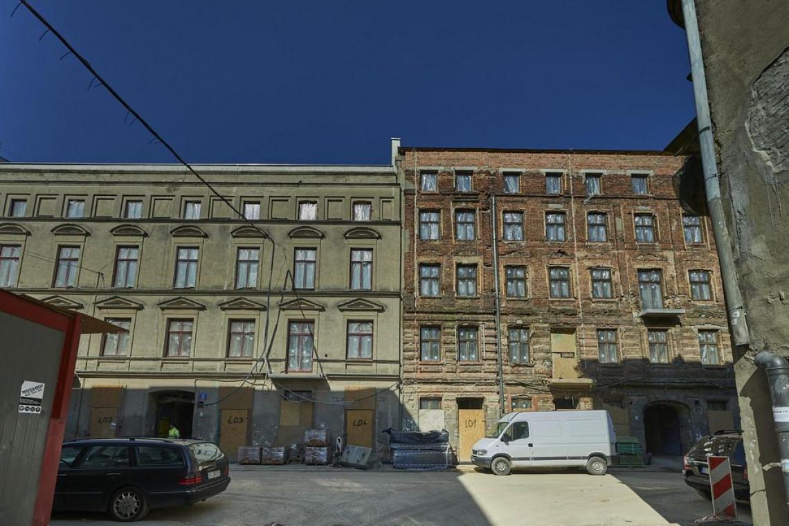 Mimo pandemii trwa rewitalizacja ulicy Włókienniczej w Łodzi
