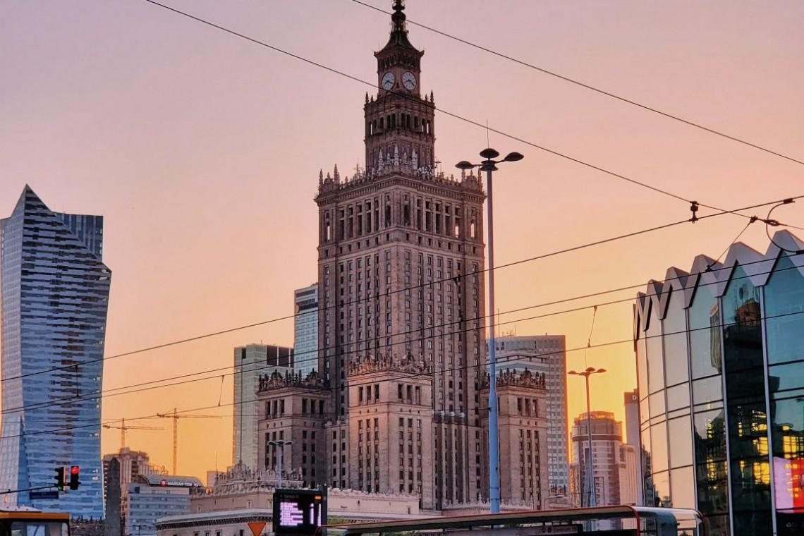 Koronawirus zmniejszył ruch, ale smog pozostał w Warszawie