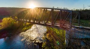 Fragment historycznej przeprawy kolejowej w Piszu będzie atrakcją turystyczną