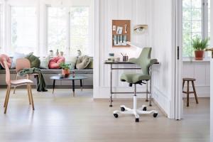 Nowy trend w pracy zdalnej: postaw na aktywne siedzenie