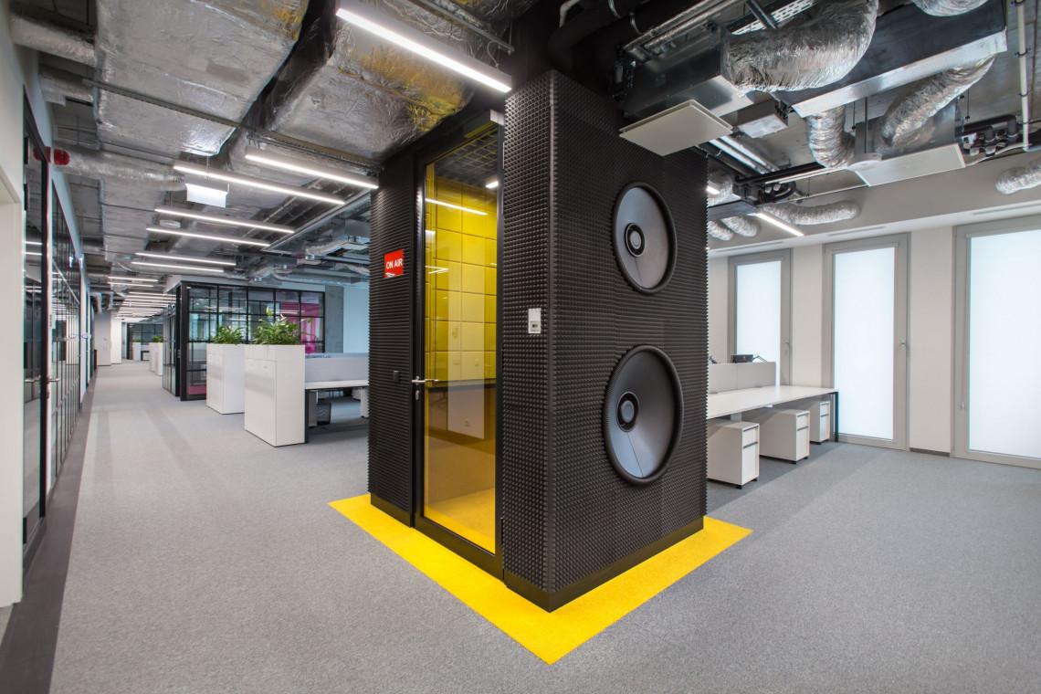Otwarta i kreatywna przestrzeń. ONE House w nowym biurze projektu Concept Space