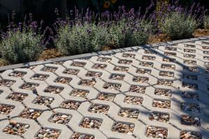 Ekologiczny sposób na nawierzchnie przestrzeni outdoorowych