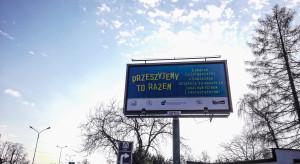 Lekarze dziękują firmom i restauratorom za pośrednictwem billboardów