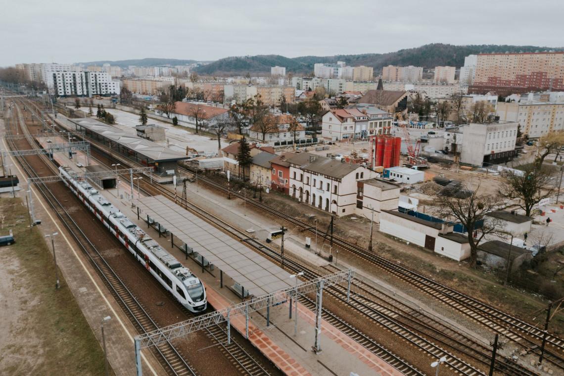 Mimo pandemii, budowa węzła integracyjnego w Gdyni-Chyloni weszła w kolejną fazę