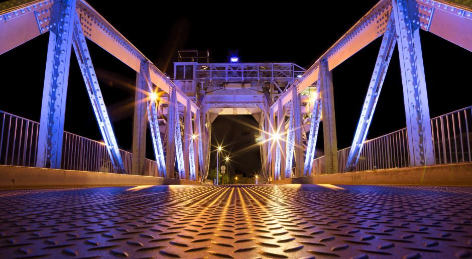 Nowy most nad Kanałem Kędzierzyńskim już działa