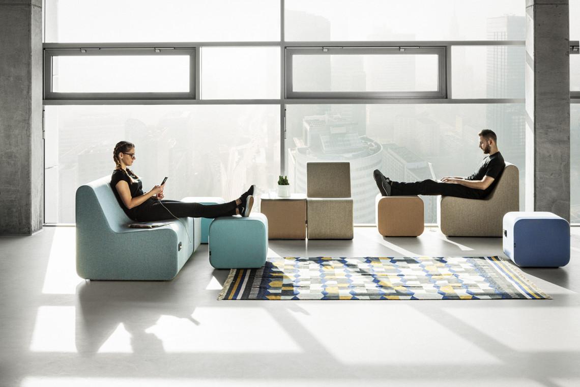 Nowoczesne, wygodne i ekologiczne - zobacz kolekcję pufów do przestrzeni coworkingowych