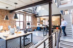 Raport: jak firmy wracają do biur
