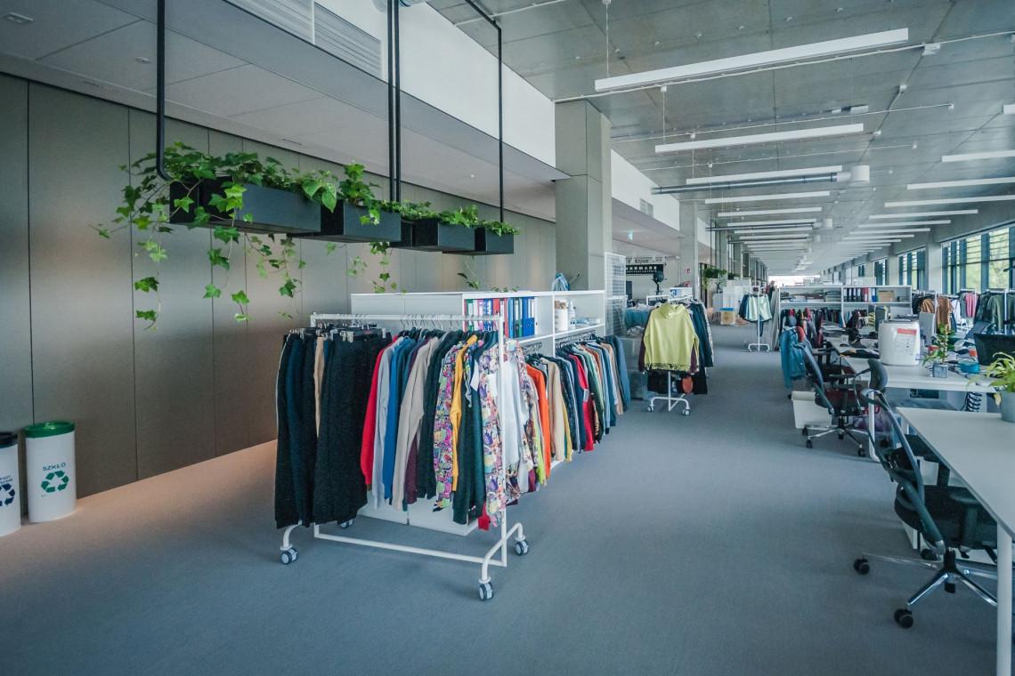 Oto najnowsza siedziba LPP w Krakowie. Zrównoważone rozwiązania i komfortowa przestrzeń do pracy