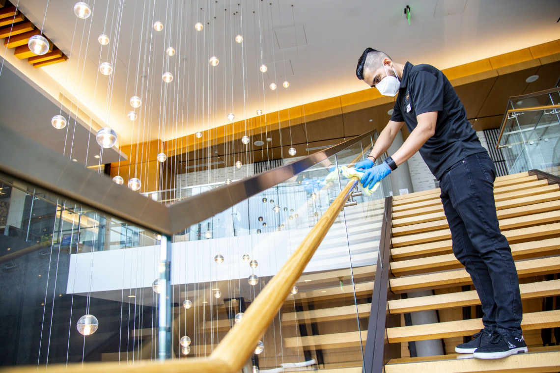 Hilton na nowo definiuje standardy w czasach pandemii. To wyjście naprzeciw oczekiwaniom klientów