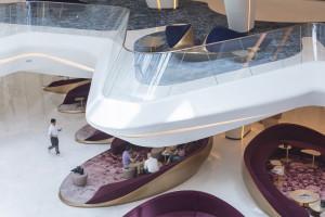Najdłużej wyczekiwany hotel w Dubaju. Po 13 latach od pierwszego szkicu Zahy Hadid światło dzienne ujrzał ME Dubai