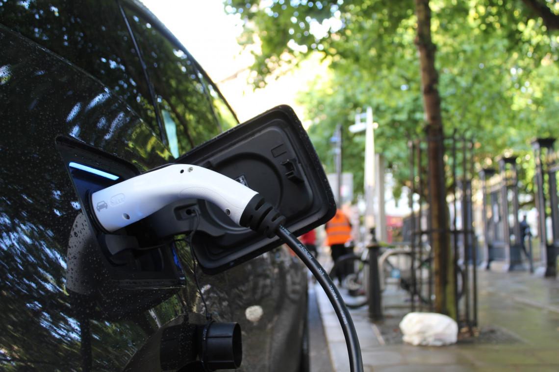 Do 31 lipca można składać wnioski o dopłaty do aut elektrycznych