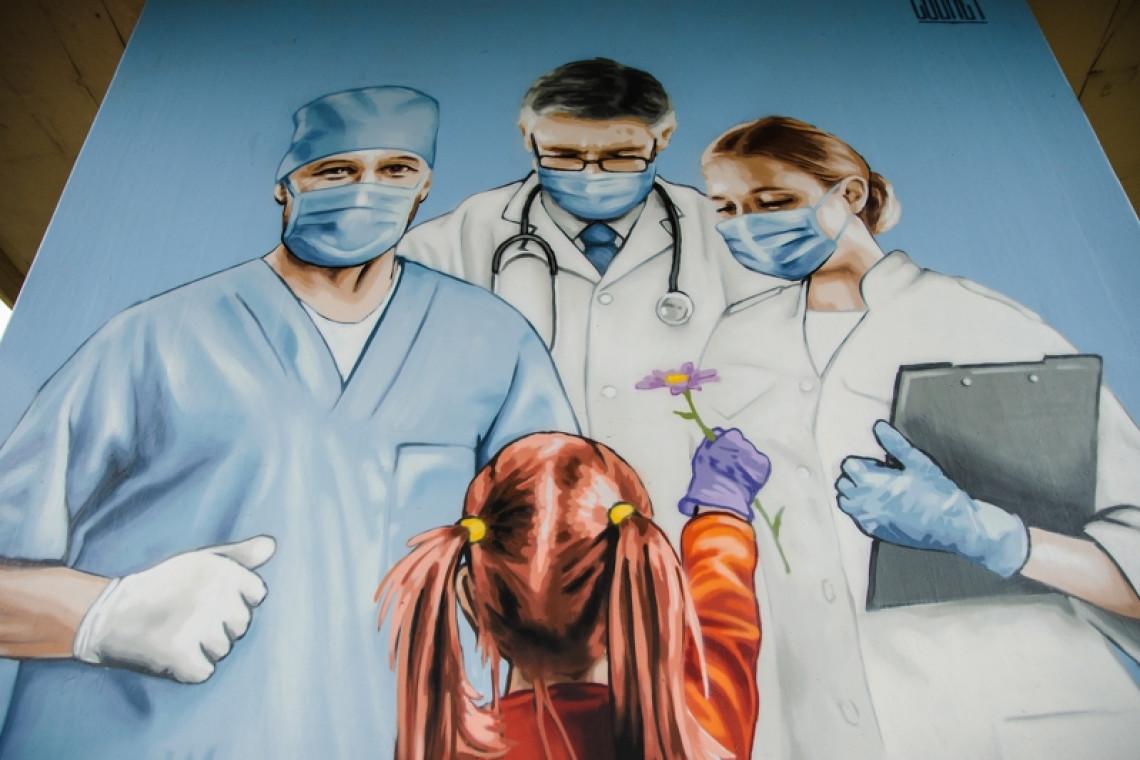 W Gdańsku powstał mural dla medyków