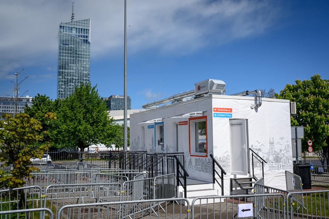 Powstało pierwsze w Polsce mobilne centrum testowe walk-thru