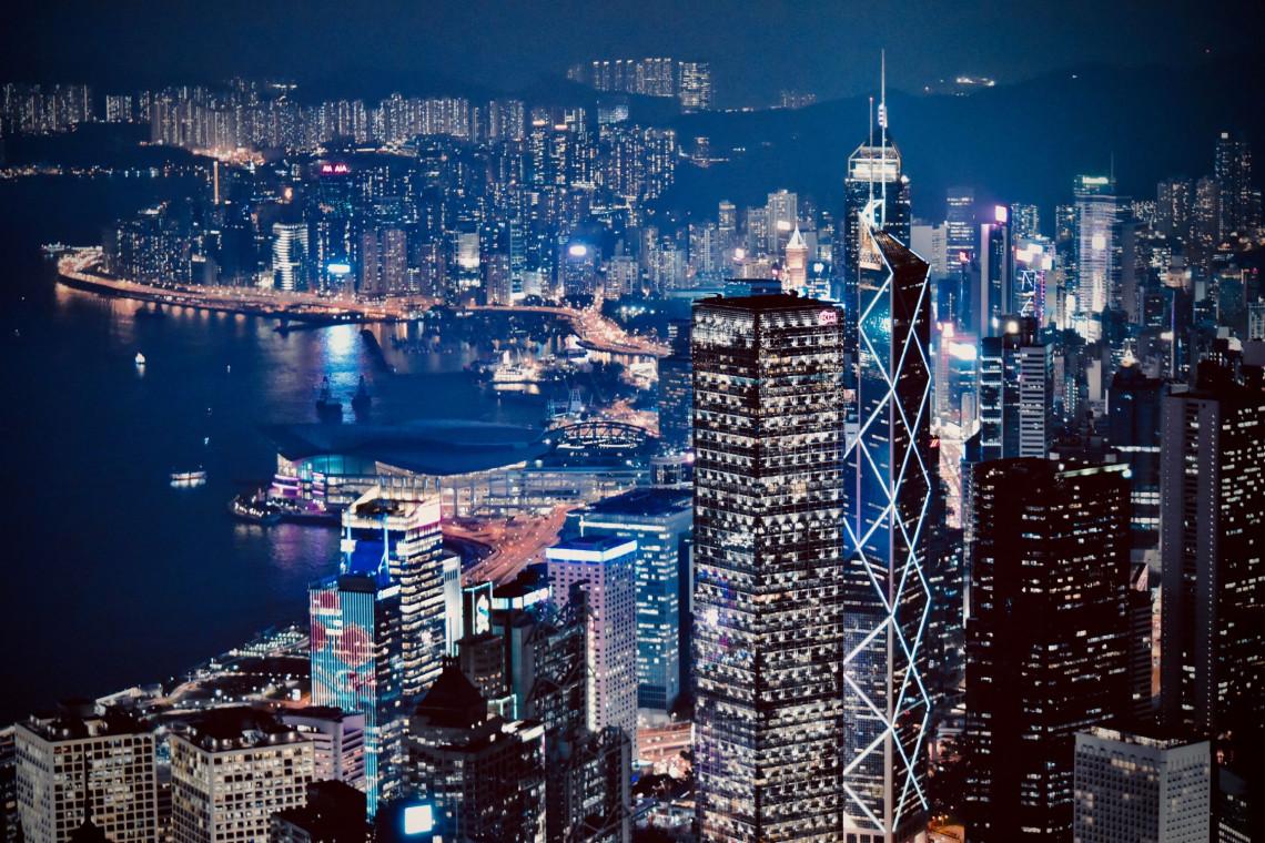 Najdroższe miejsca do życia. Najwięcej zapłacisz w Hongkongu, zaś Warszawa przy końcu zestawienia