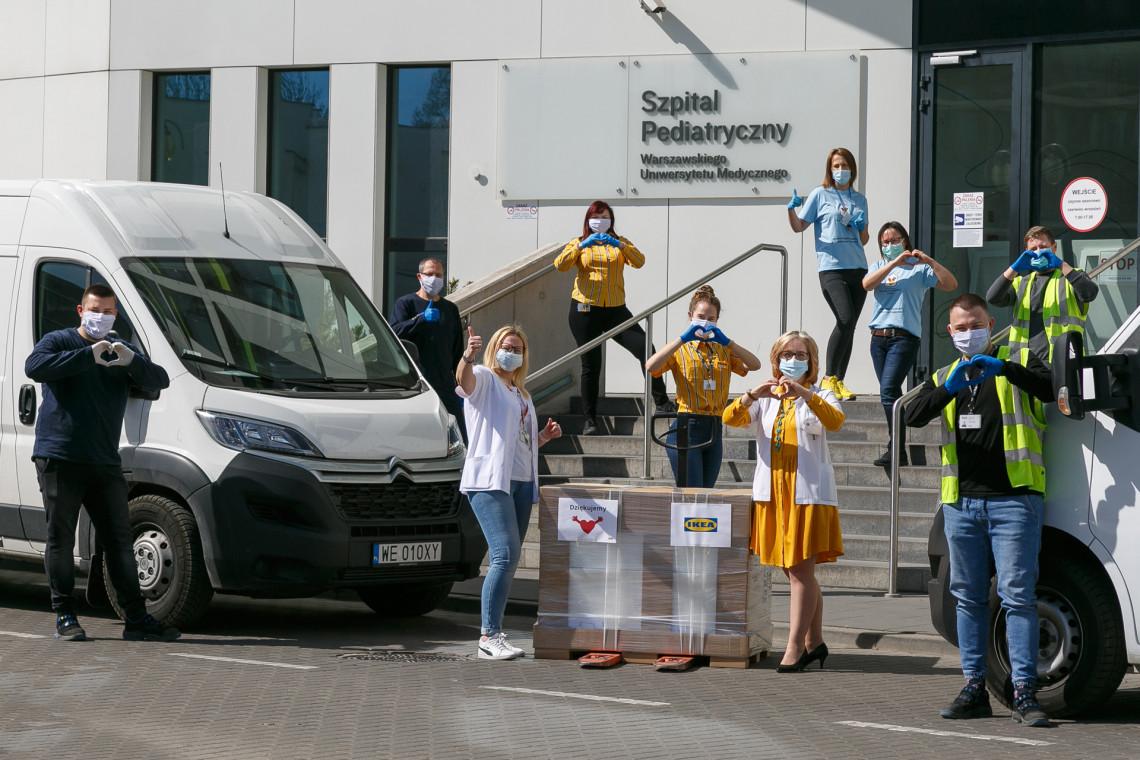 Pracownicy IKEA wspierają organizacje i instytucje udzielające pomocy w czasie pandemii