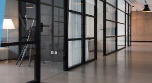 Teoria otwartych drzwi w nowatorskim wydaniu
