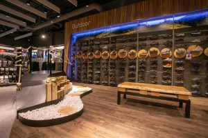 Nowy salon Intersport w Westfield Arkadia