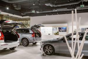 Unikalny koncept inspirowany skandynawskim stylem. Zobacz nowy showroom Volvo w Starym Browarze
