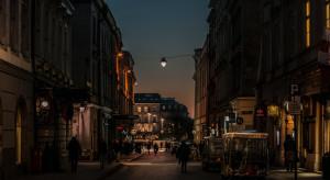 Wraca nocne oświetlenie ulic w Krakowie