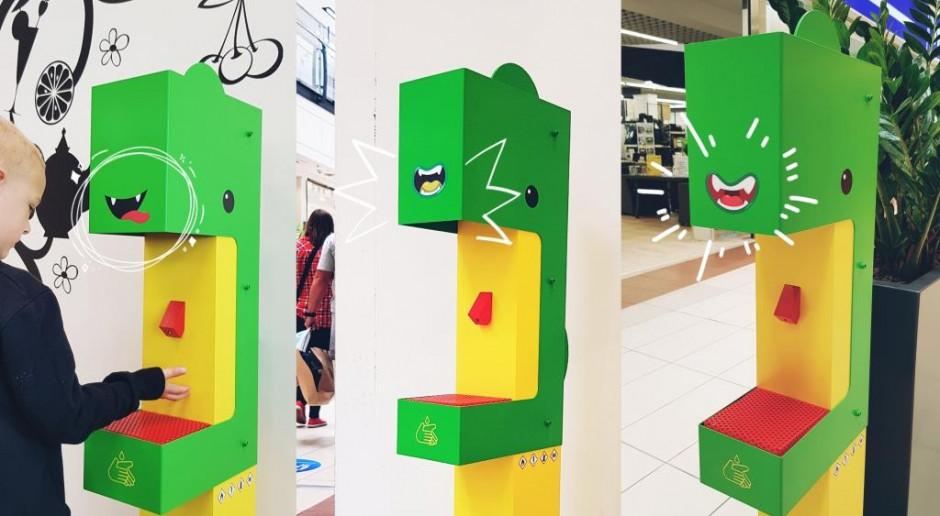Na placach zabaw w Bielsku-Białej stanęły stacje do dezynfekcji rąk