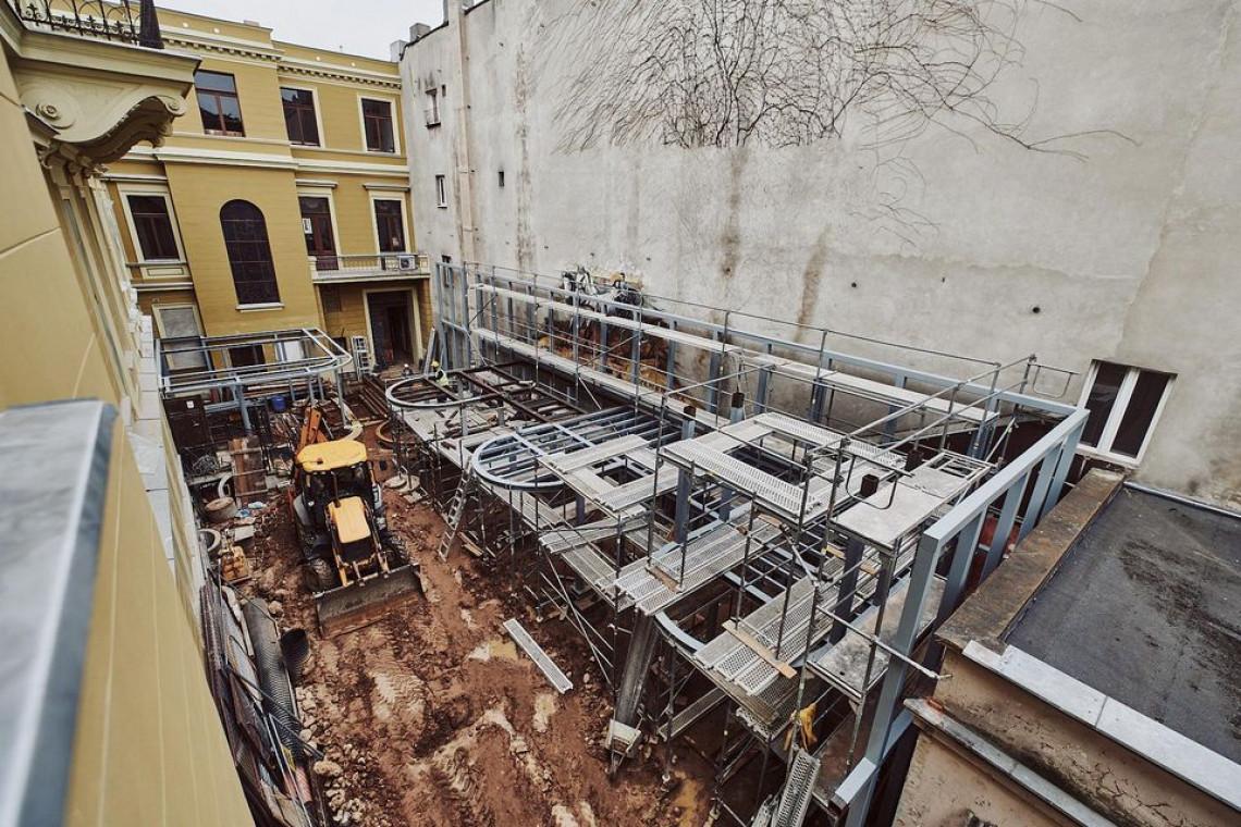 Pałac Maksymiliana Goldfedera w Łodzi przechodzi prawdziwą metamorfozę