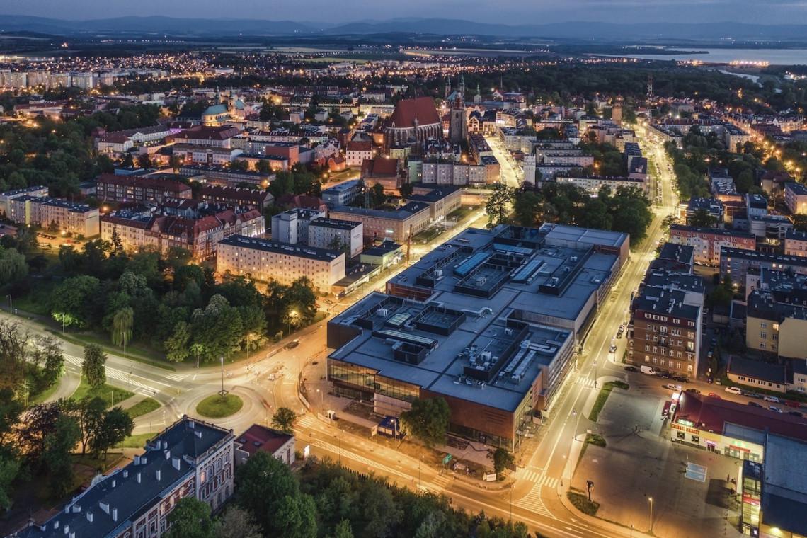 Nowa bryła handlowa w Nysie. To projekt JSK Architekci