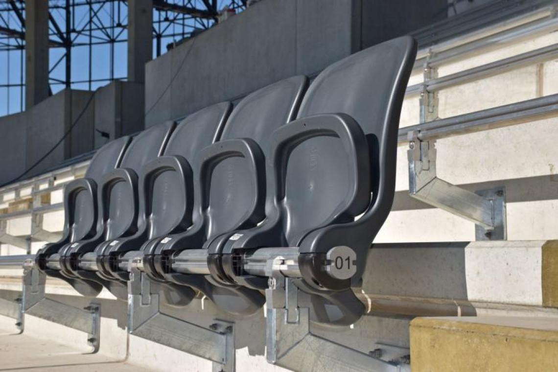 Stadion Miejski w Szczecinie już ma pierwsze krzesełka