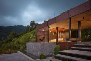 Ukryty w bujnej dżungli Kostaryki. Ten niewielki ośrodek wydaje się wymarzonym miejscem na wakacje