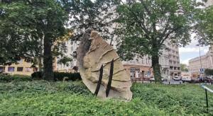 Sztuka zmienia plac Cyryla Ratajskiego