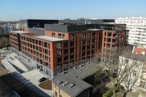 To jeden z największych budynków w Poznaniu. Projekt od CDF Architekci