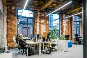 Idealny powrót z home office: wpływ biur na motywację pracowników