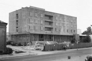 Wyjątkowa metamorfoza hotelu z lat 80. MTA Architekci odmienili bryłę, zaś Tremend wnętrza