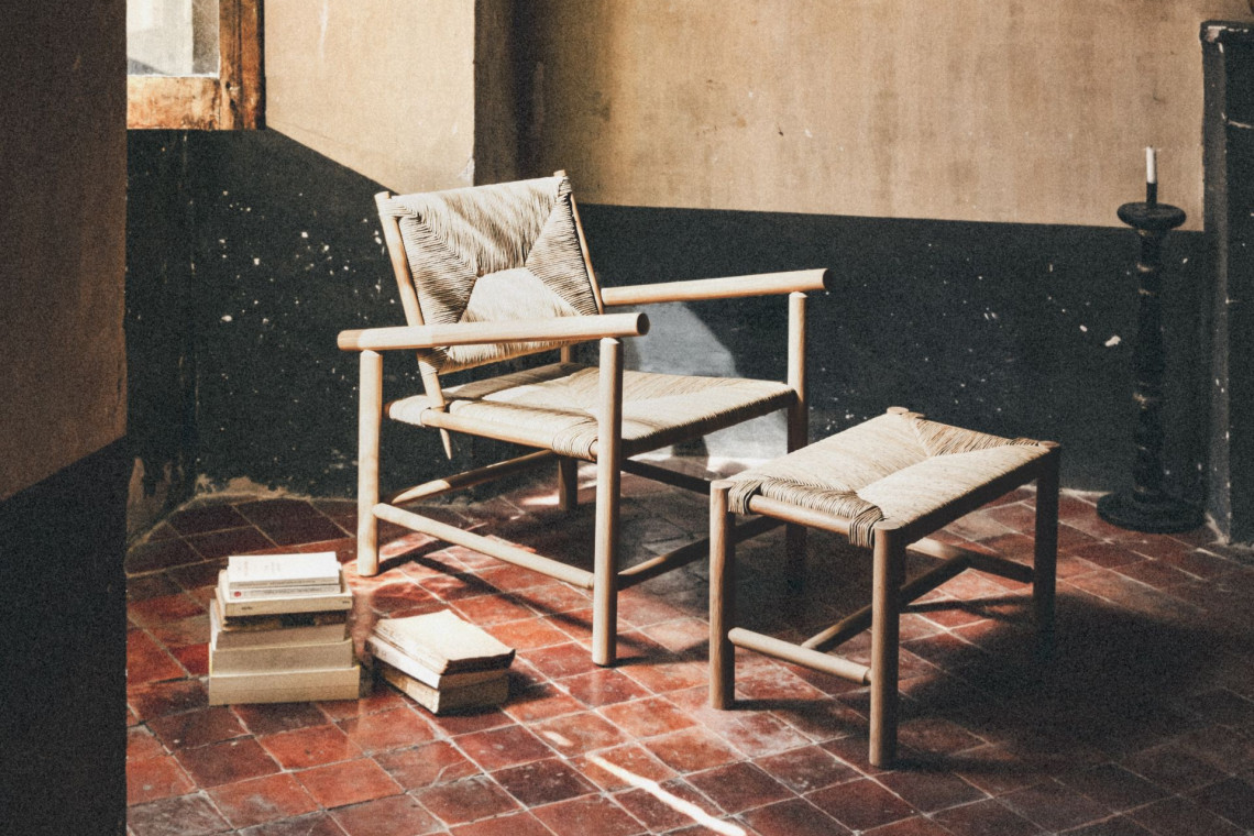 Zrównoważone projektowanie: ręcznie wykonane meble z Prowansji