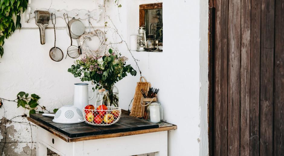 Wiejska sielanka w klimacie slow life, czyli moda na styl rustykalny