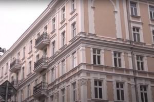 Powrót do wielkomiejskiej świetności. Kamienica przy Szpitalnej 5 w Warszawie odzyskała blask