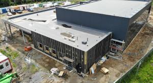 Nowa kryta pływalnia już pod dachem. Kiedy poznański obiekt będzie gotowy?