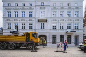 Łódź rewitalizuje. Sienkiewicza 56 - była ruina, jest pięknie odnowiona fasada