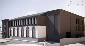 Postępują prace na budowie Teatru Kameralnego w Bydgoszczy. Przyszedł czas na elewacje