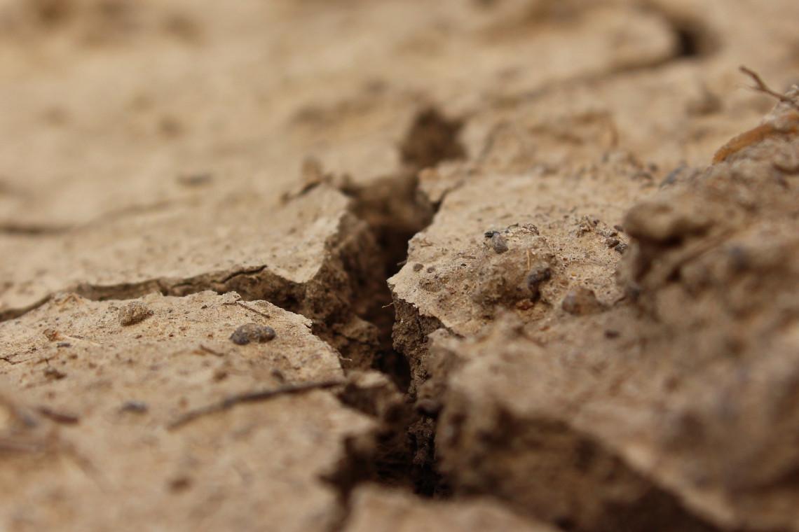 Nawałnice nie rozwiązują problemu suszy. Retencja wody jednym z antidotów