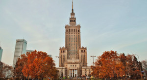 Najwyższy, największy i najbardziej znany budynek w Polsce. Pałac Kultury i Nauki obchodzi 65. urodziny